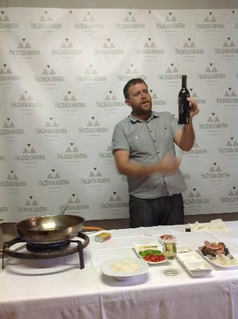 Hacienda Minerva: Our Olive Oil tasting and Paella cooking class
