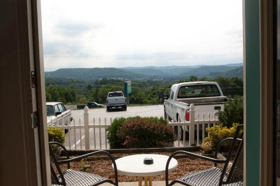 Travelodge Cookeville: View from the patio