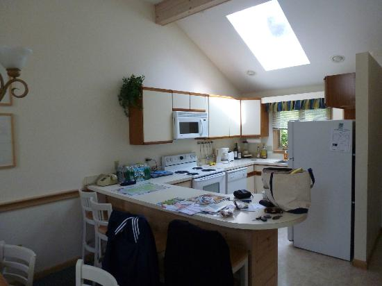 Southcape Resort, a Festiva Resort: Kitchen area