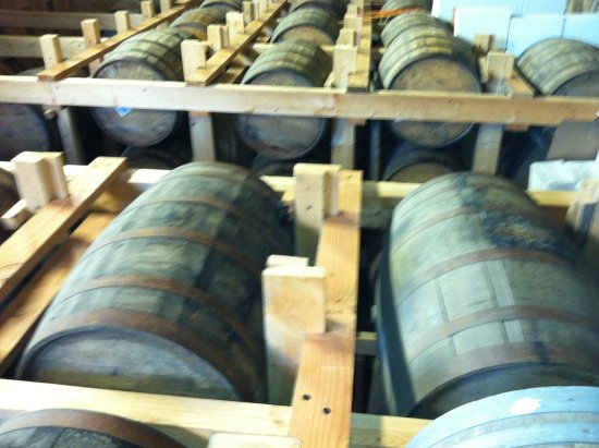 Cisco Brewers : barrels in the distillery