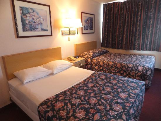 Magnuson Hotel Clearwater Beach: Sängarna