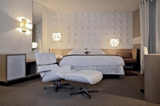 Boutique hotel cezanne hk 987 h k 1 0 7 3 updated for Hotel cezanne boutique hotel