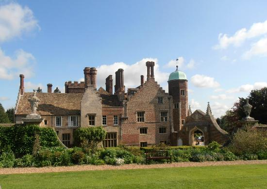 Madingley Hall: outside