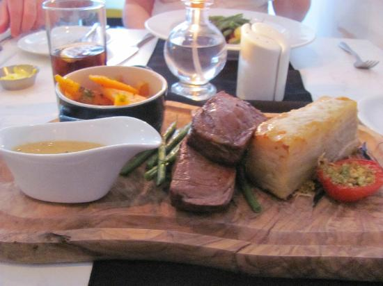 No 14 Bistro: Chateaubriand