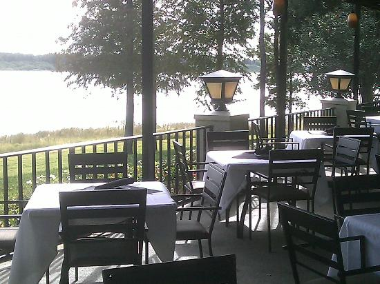 Timpano Italian Chophouse : Great views of a lake.