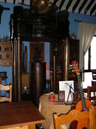 Molino de los Abuelos: Inside the restaurant