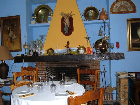 Molino de Los Abuelos: The inside of the restaurant