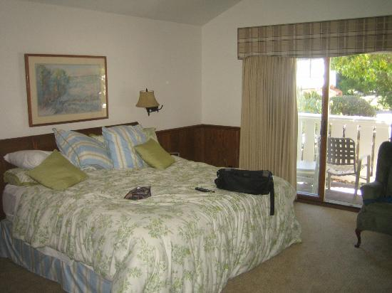 Lighthouse Lodge & Cottages: Bedroom