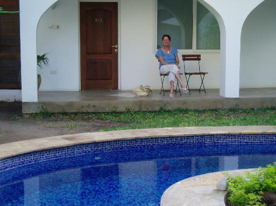 Alexander's Hotel : Outdoor pool area