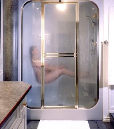 Ste. Anne, แคนาดา: Steam Shower at Country Charm Resort