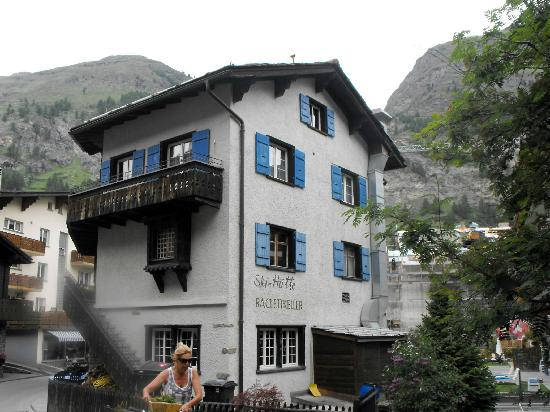 Hotel Stockhorn : Rear of the hotel