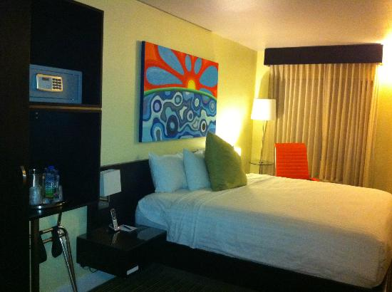 Hotel Current: Renovated room with king bed upper level