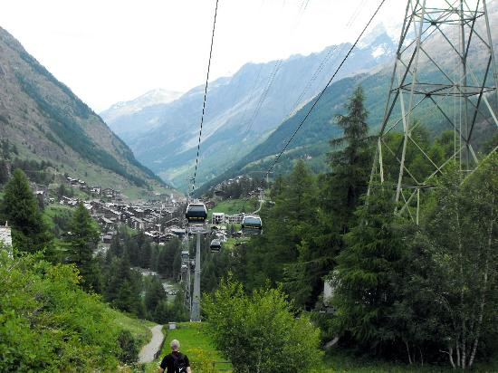Hotel Stockhorn: Walking to Zermatt from Riffelalp