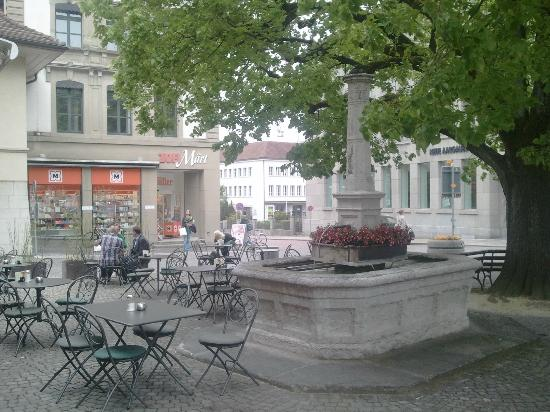 Hotel Zofingen : Restaurants and cafés close to the hotel