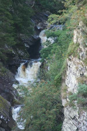 House of Bruar at Blair Atholl: Beautiful falls