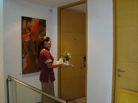 OfiHotel Room Service