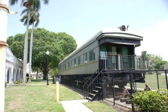 IMAG History & Science Center: Esperanza 1929 Pullman rail car