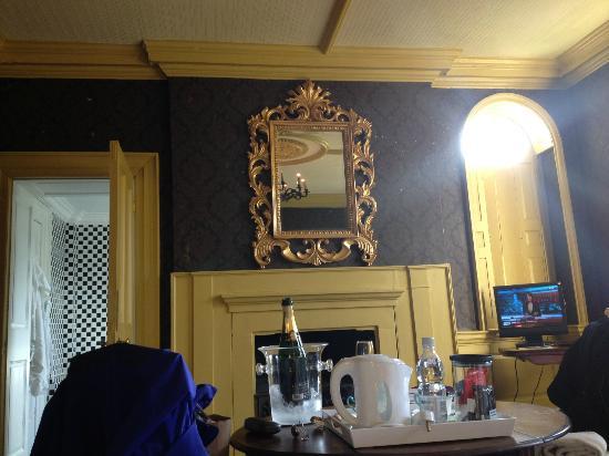 Lea Hall: The Chocolate Room
