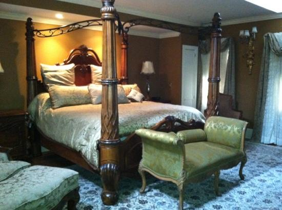 1840s Carrollton Inn: Carroll Suite