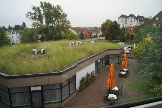 H+ Hotel Köln Brühl: View from room