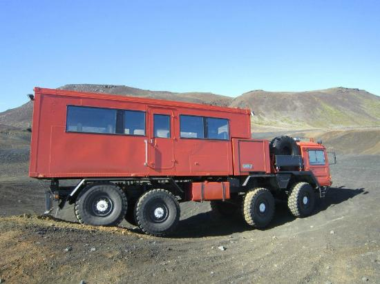 Fludir, Islandia: The truck in action