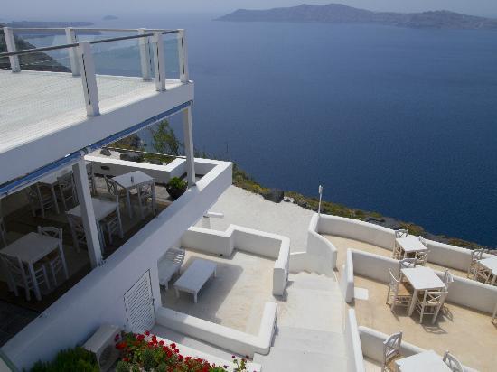 Rocabella Santorini Hotel & Spa: View of breakfast/ restaurant