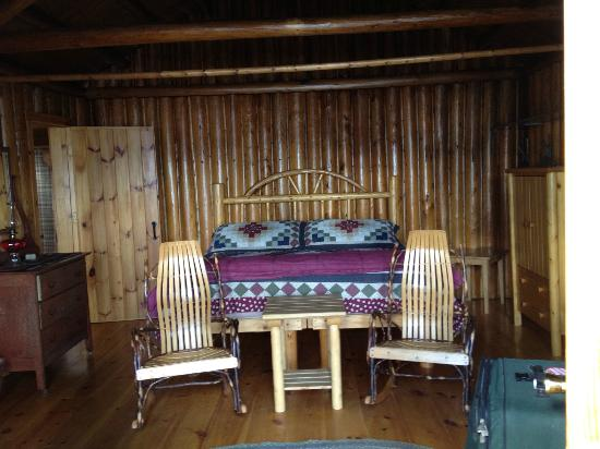 Attean Lake Lodge : Main Room