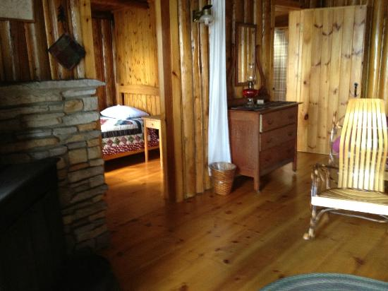 Attean Lake Lodge : second bedroom off of main room