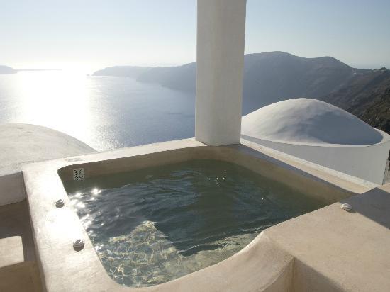 Rocabella Santorini Hotel & Spa: Patio of Suite