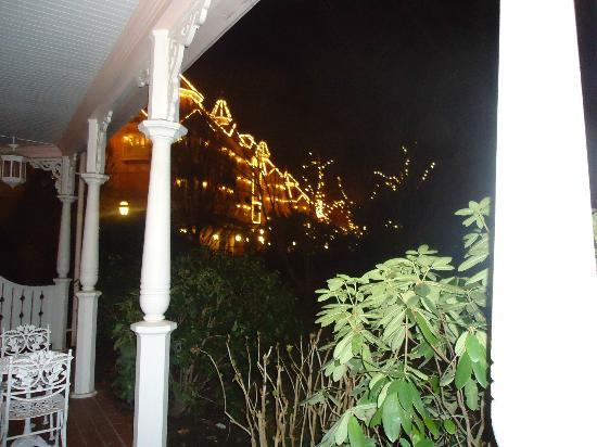 Disneyland Hotel: L'hotel de nuit