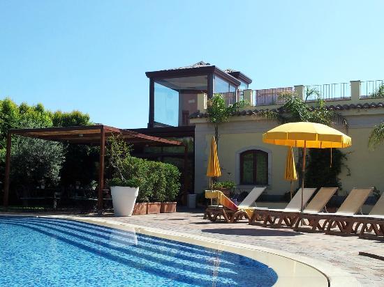 Santa Caterina Hotel: Piscina