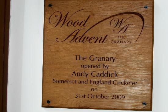 Wood Advent Farm: Plaque in entrance !