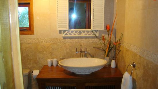 Villa Punta Salina: filename__bungalow bathroom_jpg_thumbnail0_jpg