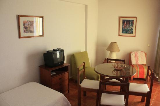 Dorisol Florasol : 2e chambre - salon