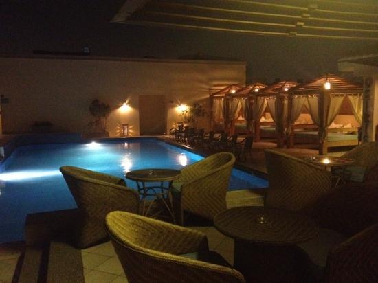 Barcelo Cairo Pyramids : pool area