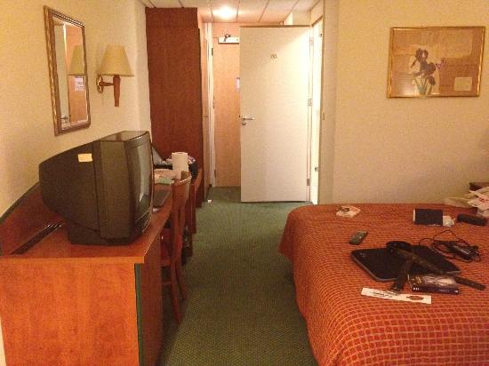 Bad douche combinatie in de deluxe room picture of nh maastricht