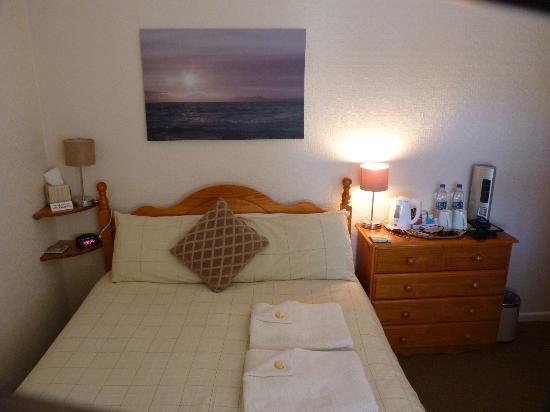 Cunard Guest House: Room 5