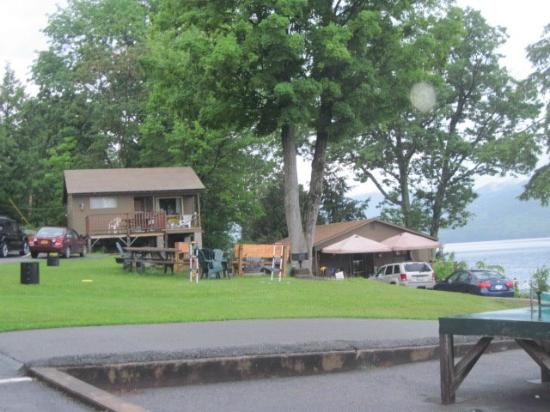 Candlelight Cottages LLC on Lake George: Other Lakeside cabins