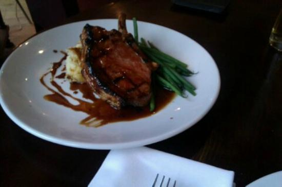 The Oak Tree Inn, Helperby: Barnsley Pork Chop