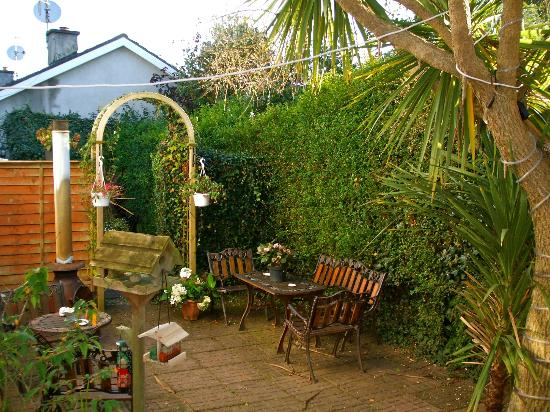 Arklow Bay Orchard B&B: The Courtyard