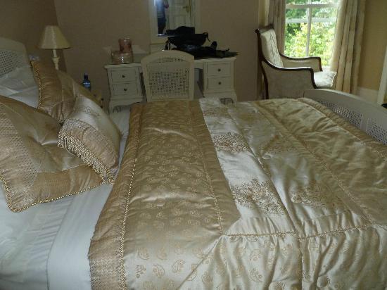 Sandymount House: Our lovely room