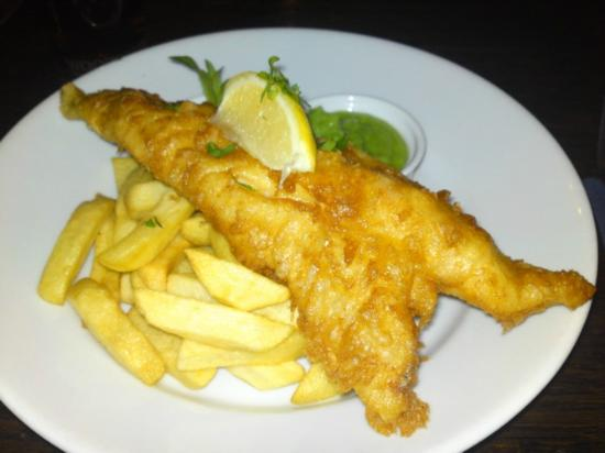 Windham Arms: Cod & chips with mushy peas