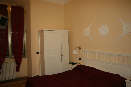 Bed & Breakfast A Roma Termini: bedroom