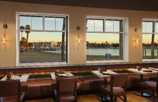 Beachside Restaurant & Bar : Beachside Restaurant and Bar