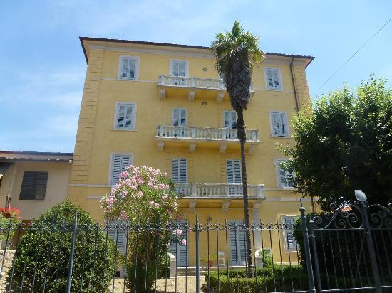 Casa di Alfredo: The Villa