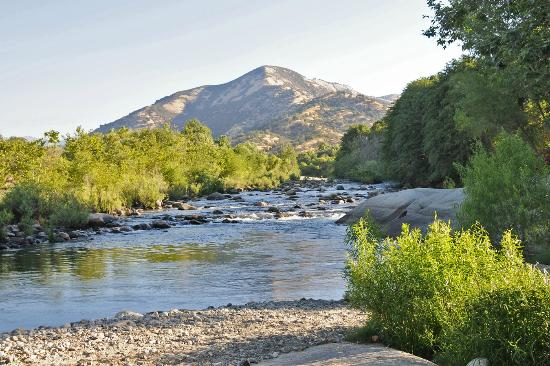 Rio Sierra Riverhouse is on the banks of the Kaweah River.
