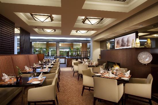 Hyatt Regency Lisle near Naperville : Chatfield's Restaurant