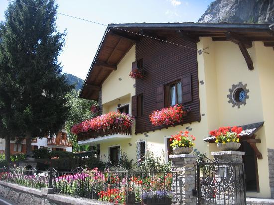 B&B La Maison des Fleurs: getlstd_property_photo