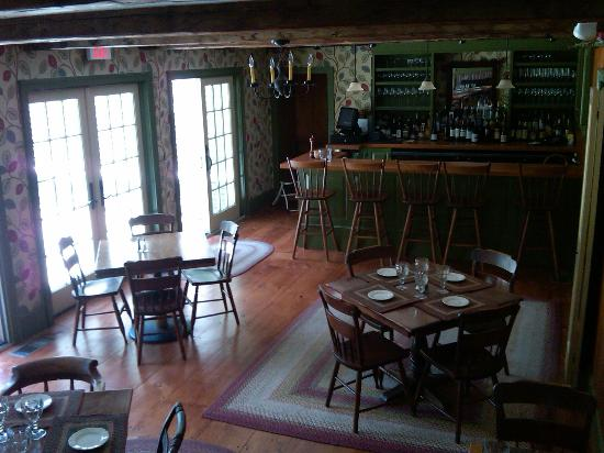 Hancock Inn: The Tavern at the Inn