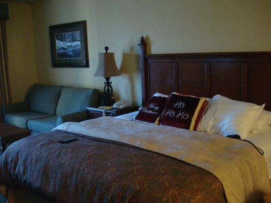 The Inn at Christmas Place: Bed and couch